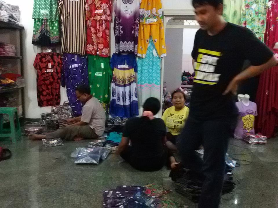 Obral Baju Anak Murah di Manado